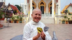 Mae Chee Sansanee, die bekannteste buddhistische Nonne Thailands.