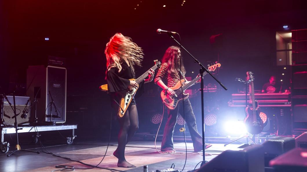 Die Erlanger Retro-Rocker um den Bassisten Javier (ganz rechts) spielen zum ersten Mal auf so einer großen Bühne