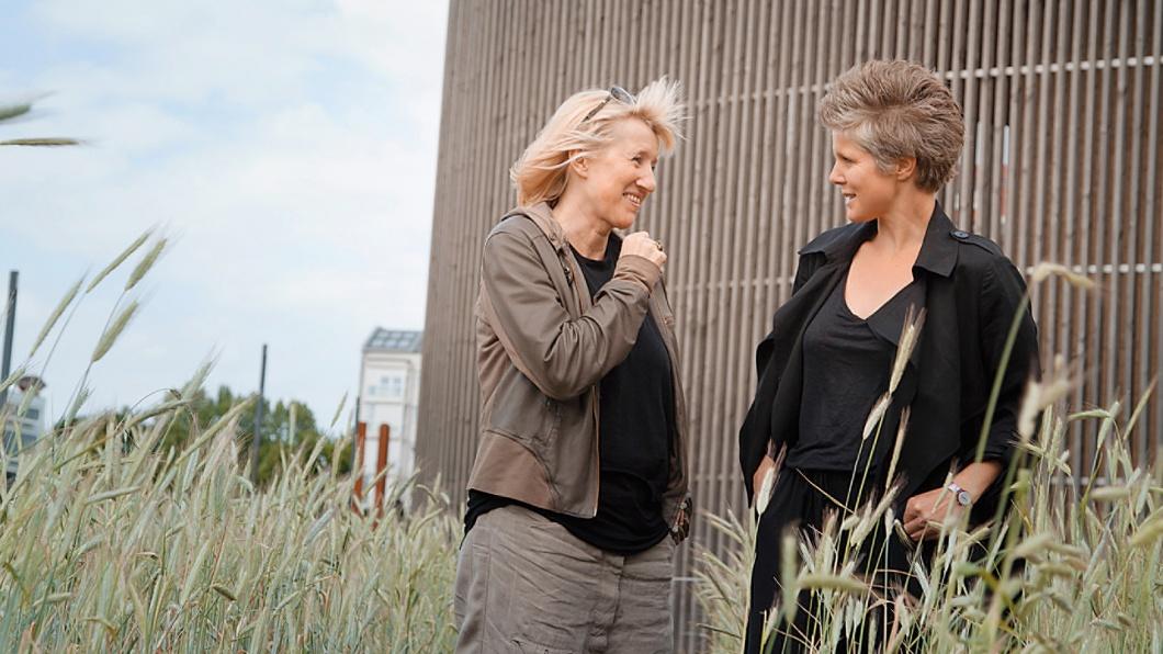 Ines Geipel und Svenja Flaßpöhler im Gespräch