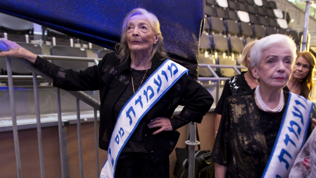 Backstagebereich 'Miss Holocaust Survivor Beauty Contest' in Haifa am 22. August 2013