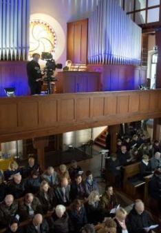 Die Orgel begleitete die Gemeinde beim Singen