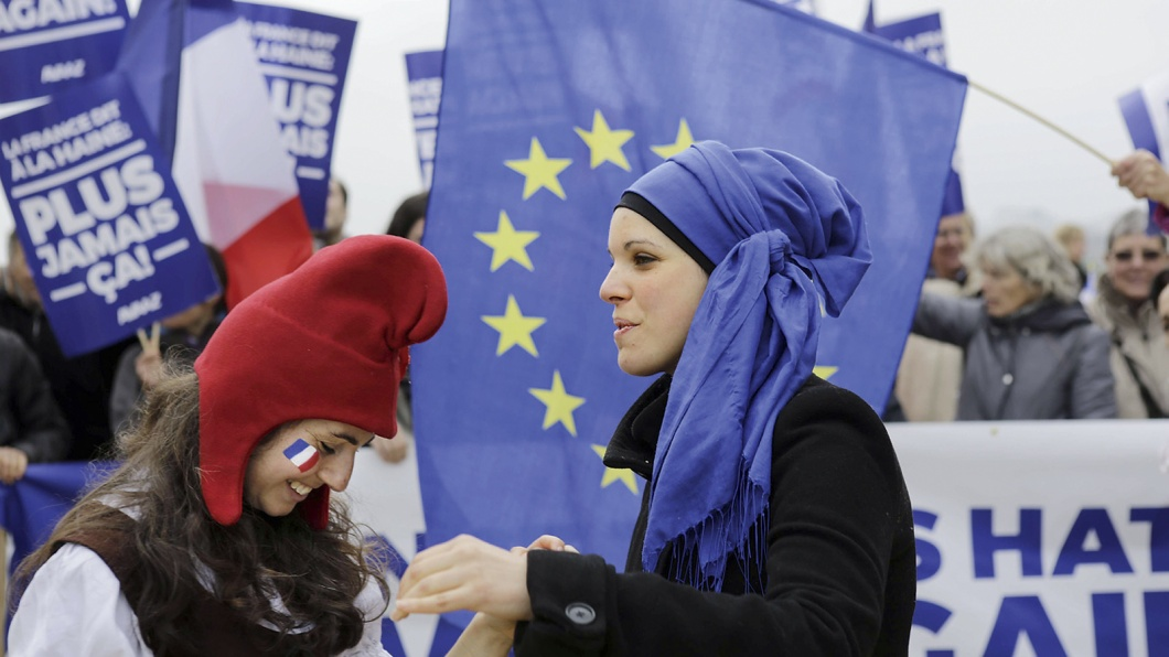 French and European activists from the AVAAZ