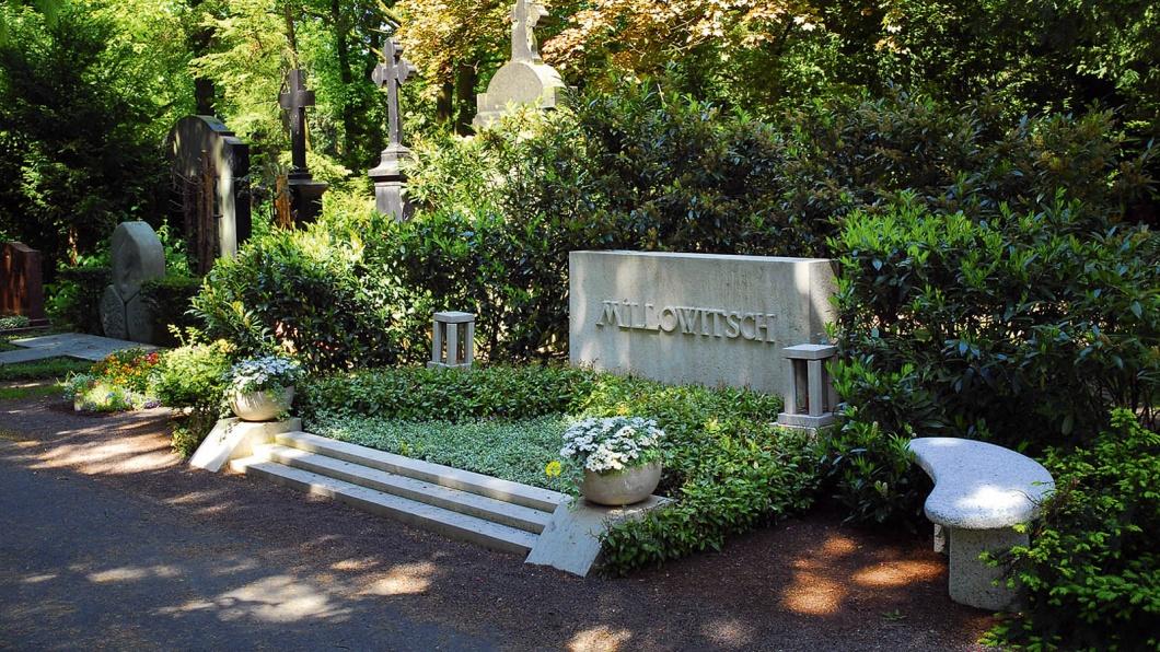 Grab von Willy Millowitsch auf dem Melaten Friedhof Köln