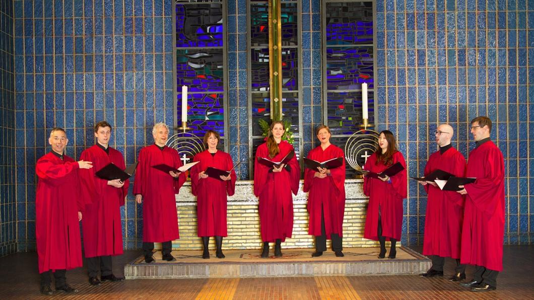 Dreißig Minuten Andacht mit geistlicher A-capella-Musik, gesungen von acht Profis