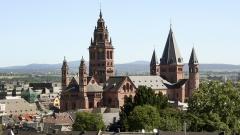 """ARD/SWR ÖKUMENISCHER GOTTESDIENST ZUM TAG DER DEUTSCHEN EINHEIT,  """"Übertragung aus dem Hohen Dom zu Mainz"""", am Dienstag (03.10.17) um 10:00 Uhr im ERSTEN. - Mainzer Dom - Panorama."""
