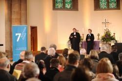 Regionalbischöfin S. Breit-Keßler und Pfarrer Fried-Wilhelm Kohl aus Fulda bei der Begrüßung