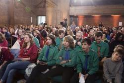 Pfadfindergruppen im Gottesdienst