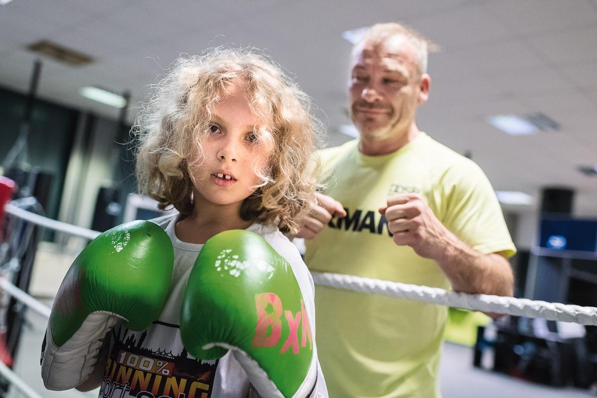 Annika und Boxtrainer Jürgen Grabosch