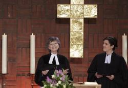 Regionalbischöfin Susanne Breit-Keßler und Pfarrerin Birgden