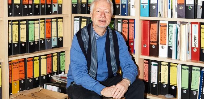 """Claus Fussek, der """"Pflegepapst"""", vor 50 000 Hilferufen von Alten, Kranken und ihren Helfern"""