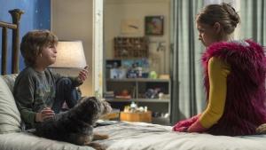 "Jacob Tremblay als ""Auggie"" und Izabela Vidovic als ""Via"" in WUNDER."