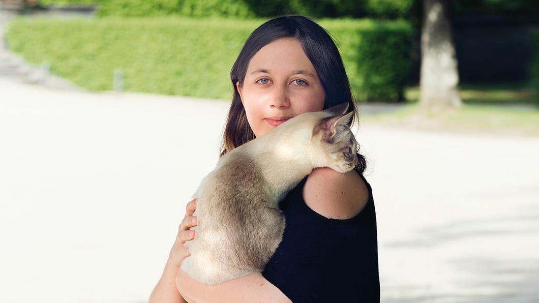 Bonnie und ihre Katze