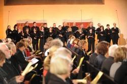 Der Kammerchor der Christuskirche unter Leitung von Brigitte Lamohr