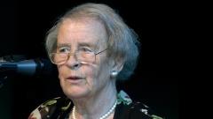 Die Theologin und Publizistin Elisabeth Moltmann-Wendel im Mai 2005 beim Kirchentag in Hannover.
