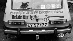 Wartburg mit Schriftzug -Umkehr führt weiter- Motto des Kirchentags in Erfurt, 1988