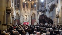 Mit einem zentralen Festgottesdienst in der Wittenberger Schlosskirche haben die Protestanten das 500. Reformationsjubilaeum gefeiert.