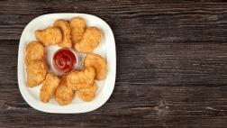 Für Chicken Nuggets auf deutschen Tischen werden nach Recherchen der Christlichen Initiative Romero noch immer Arbeitskräfte in Brasilien ausgebeutet.