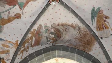 Das Höllenmaul ist eines von zahlreichen Motiven, mit der die kleine Pfarrkirche in Lieberhausen bei Gummersbach geschmückt ist.