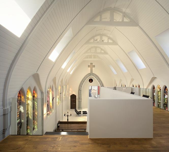 Alte Kapelle wird zum modernen Apartment