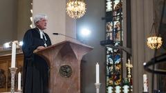 Landesbischof Heinrich Bedford-Strohm spricht beim Trauergottesdienst am Sonntag im Münchener Liebfrauendom.