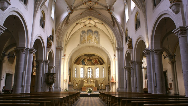 Basilika St Kastor: Schiff nach Osten