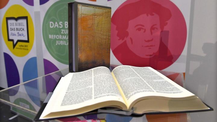 Die Schmuckschuber-Editionen der Luther-Bibel 2017
