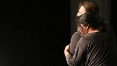 "Nedjo Osman (vorn) und Arno Kempf im Stück ""Rukeli"" des Kölner Theaters TKO"