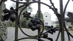 Das Eingangsportal des evangelischen Friedhofs im Wuppertaler Stadtteil Varresbeck
