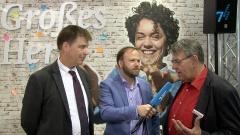 Markus Bechtold spricht mit Arnd Brummer und Henning Kiene
