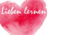 Rotes Herz, gemalt mit Wasserfarbe