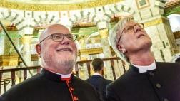 Der Ratsvorsitzender der Evangelischen Kirche in Deutschland (EKD), Heinrich Bedford-Strohm (re.) und Kardinal Reinhard Marx, Vorsitzender der Deutschen Bischofskonferenz (DBK) besuchten am Donnerstag (20.10.2016) den Felsendom auf dem Tempelberg in Jerusa