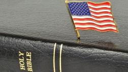 Bibel und Amerika Flagge