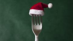 Gabel mit Weihnachtsmannmütze