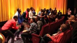 """Der Kanaani-Chor bei der der Filmpremiere von """"Sing it loud - Luthers Erben in Afrika"""""""