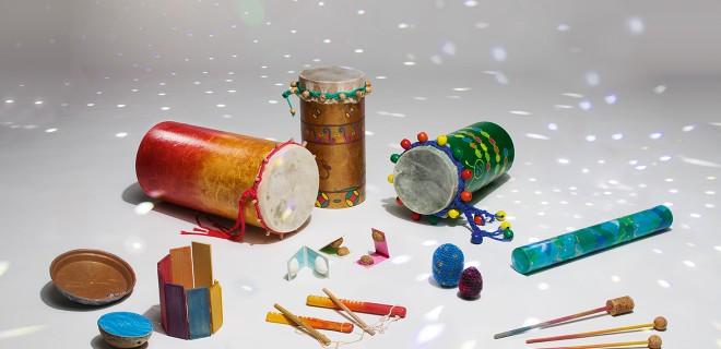 Liebe Erde, Musik-Instrumente aus Müll