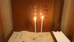 Kerzen in der Autobahnkirche Rhynern an der BAB 2 bei Hamm.