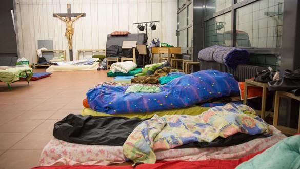 Schlafraum der Flüchtlinge in der Kirche Cantate Domino