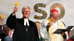 Landesbischof Heinrich Bedford-Strohm, Ratsvorsitzender der Evangelischen Kirche in Deutschland (EKD) und Kardinal Reinhard Marx, Vorsitzender der Deutschen Bischofskonferenz