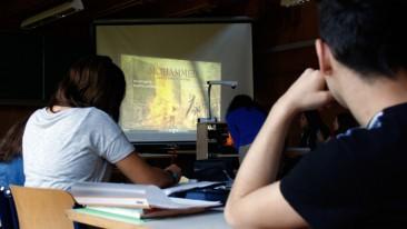 Interreligiöser Unterricht für christliche und muslimische Schüler in Gelsenkirchen.