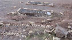 Im Iran werden Christen und Anhänger der Bahai-Religion verfolgt und ihre Friedhöfe zerstört, wie dieser Bahaifriedhof in Yazd in Iran (2007).