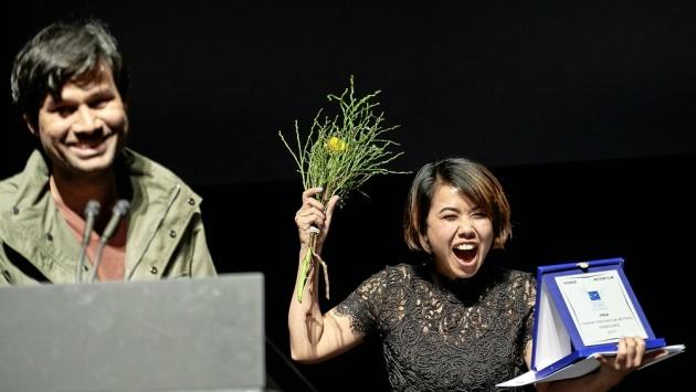 Deepak Rauniyar und Asha Magrati bei der Preisverleihung in Fribourg 2017