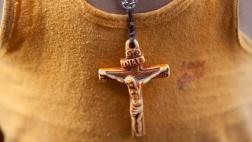 Halskette: Jesus am Kreuz