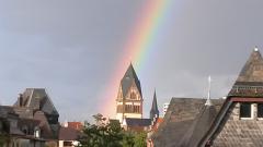 kirche_regenbogen_2.png