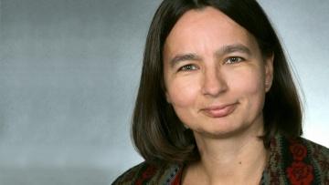 Prof. Angela Standhartinger