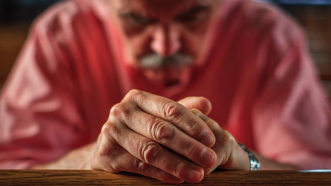 Mann im Gebet