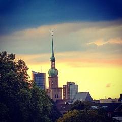 Reinoldikirche vor Abendhimmel