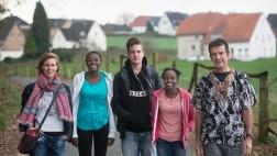 Silke und Carsten Werner mit ihren Kindern Miriam, Daniela und Emanuel in Hasbergen.