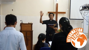Van Ravy, Pastor der Evangelisch-Lutherischen Gemeinde in Phnom Penh, Kambodscha.