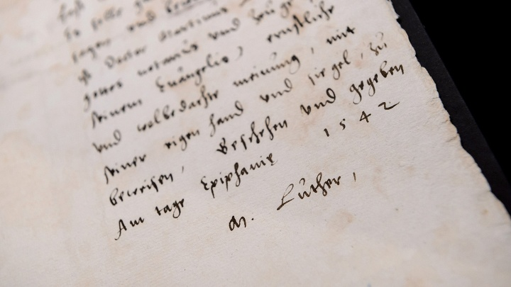 Martin Luthers Testament von 1542, zeitgenoessische Kopie von 1542 mit eigenhaendigem Vermerk von Philipp Melanchthon, Landesarchiv Thueringen