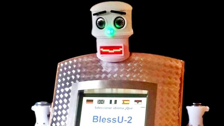 Roboter der Lichtkirche